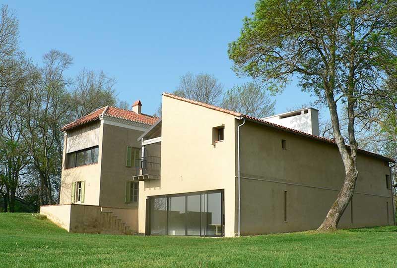 Le pavillon architectures-peyrusse-grande-1