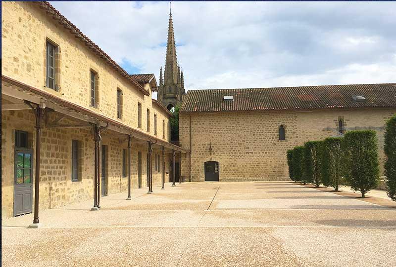 le-pavilon-architectures-cloitre-augustins-marciac-3
