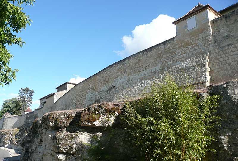 le-pavilon-architectures-grand-remparts-lectoure-13